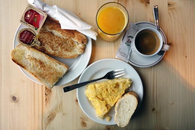 san-sebastian-cafe-de-la-concha-mbcb-01