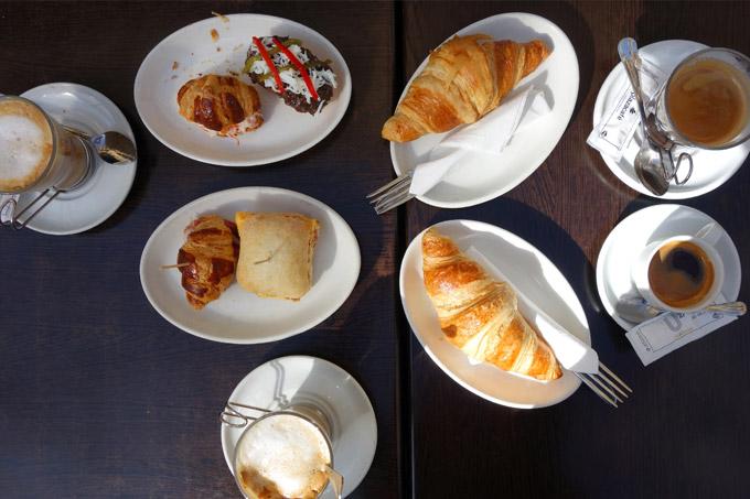 san-sebastian-plaza-cafe-mbcb-01